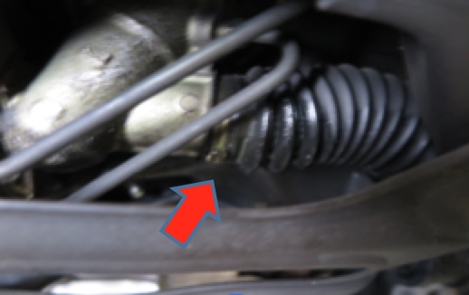 Oil leakage at power steering rack pinion unit